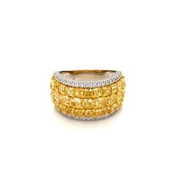 BARANOF JEWELERS: Natural Fancy Yellow Diamond Ring Set in 18 Karat White Gold