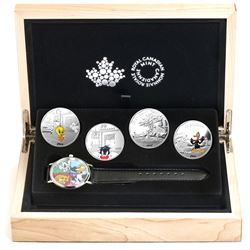2015 Canada $20 Looney Tunes Classic Scenes 4-coin Fine Silver Set with Watch (TAX Exempt).