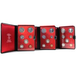 3x 1971 Canada 7-coin Specimen Double Dollar Sets (Red felt may be disturbed or coins toned). 3pcs