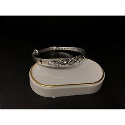 Tibetan Silver Asian Stamped Clover Bangle