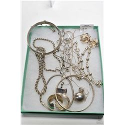 Selection of sterling jewellery including two hinged bracelets, six linked bracelets, two pairs of e