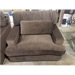 OVERSIZED BROWN CHAIR
