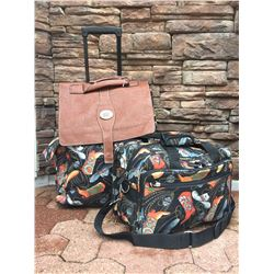 COWBOY HAT MOTIF/ROLLING CARRYON AND TOTE/BROWN AND BLACK/**PLEASE NOT SMALL TOTE MAY HAVE A DEFECTI