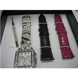 3 IN ONE WATCH/INCLUDES SCREW DRIVER/NEEDS BATTERY