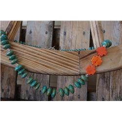 CHUNKY GREEN NECKLACE WITH ORANGE STONE CROSS ACCENTS/Chunky necklace with orange crosses Turquoise/