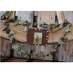2 LAYER GREEN STONE CHUNKY NECLACE WITH VINTAGE PENDANT/High quality chunky necklace Vintage cowgirl