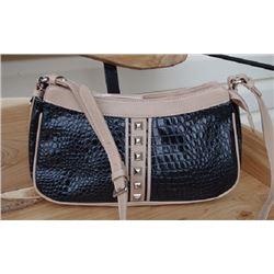 BLACK LEATHER CROC HANDBAGquality leather croc handbag single adjustable shoulder strap has inside z