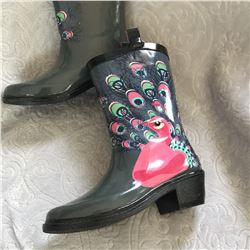 CHILDRENS PEACOCK DESIGN RUBBER BOOTS /Kids cowboy style rubber boots Pink peacock on boot/SIZE 4224