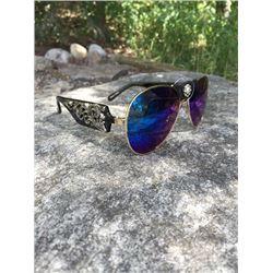 MONTANA WEST WESTERN MONTANA WEST AVIATOR SUNGLASSES/Black western aviator sunglasses. Gold rim with