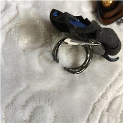 LEATHER ROSE BUD RINGS/4X/BLUE,PINK, BRONZE,PURPLE /ADJUSTABLE