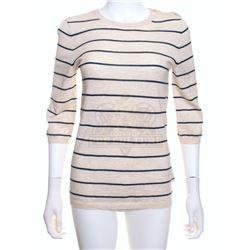 2012 – Kate Curtis' (Amanda Peet) Shirt – VII74
