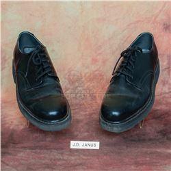 Men in Black – INS Agent Janus' (Fredric Lehne) Name Tag & Shoes – VII65