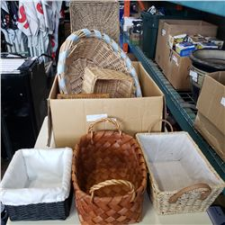 BOX OF WICKER CRATES AND BASKETS