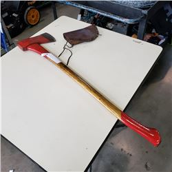 FIRE AXE W/ LEATHER SHEATH
