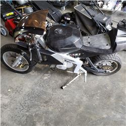 GAS MINI BIKE - NEEDS REPAIR 49CC