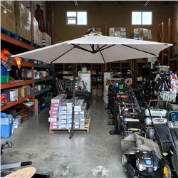 OFFSET PATIO UMBRELLA W/ STAND