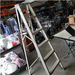 6FT ALUMINUM A FRAME LADDER