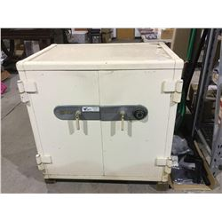 MoslerHeavy Duty Jewelers Safe with combination tested & working