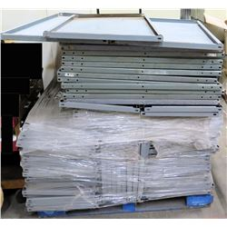 Pallet Multiple Metal Panels