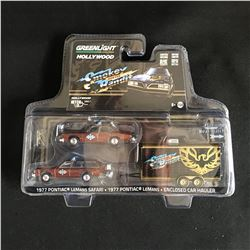 Greenlight Hollywood Hitch Tow Series 7 Smokey And The Bandit Pontiac LeMans
