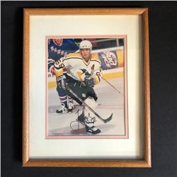 JAROMIR JAGR SIGNED AND FRAMED 8 X 10