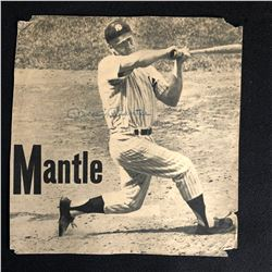 MICKEY MANTLE SIGNED 1962 MAGAZINE CUT OUT