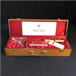 RARE 2008 BEIJIING OLYMPICS WORKING TORCH WITH DISPLAY AND CUSTOM BOX