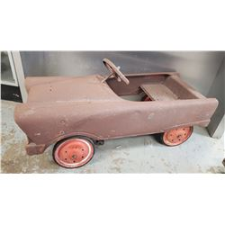 Antique 'Fire Chief' Child's Pedal Car - The Murray Ohio Manufacturing Co. Lawrenceburg, TN