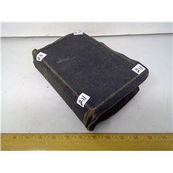 1901 Bible - Leather Cover - Biggish Print - Old and New Testament - Oxford Uni. Press