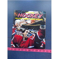 1986 - O-Pee-Chee Hockey Sticker Book
