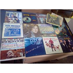 Variety of 33 LPs