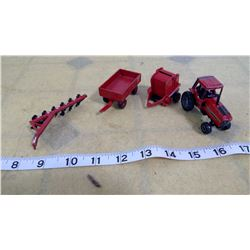 IH Tractor and attachments