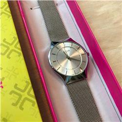 Slim Stainless Steel Quartz Wristwatch