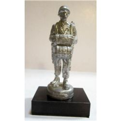 WWII US Army USMC Airborne Paratrooper Military Soldier Paperweight Trophy