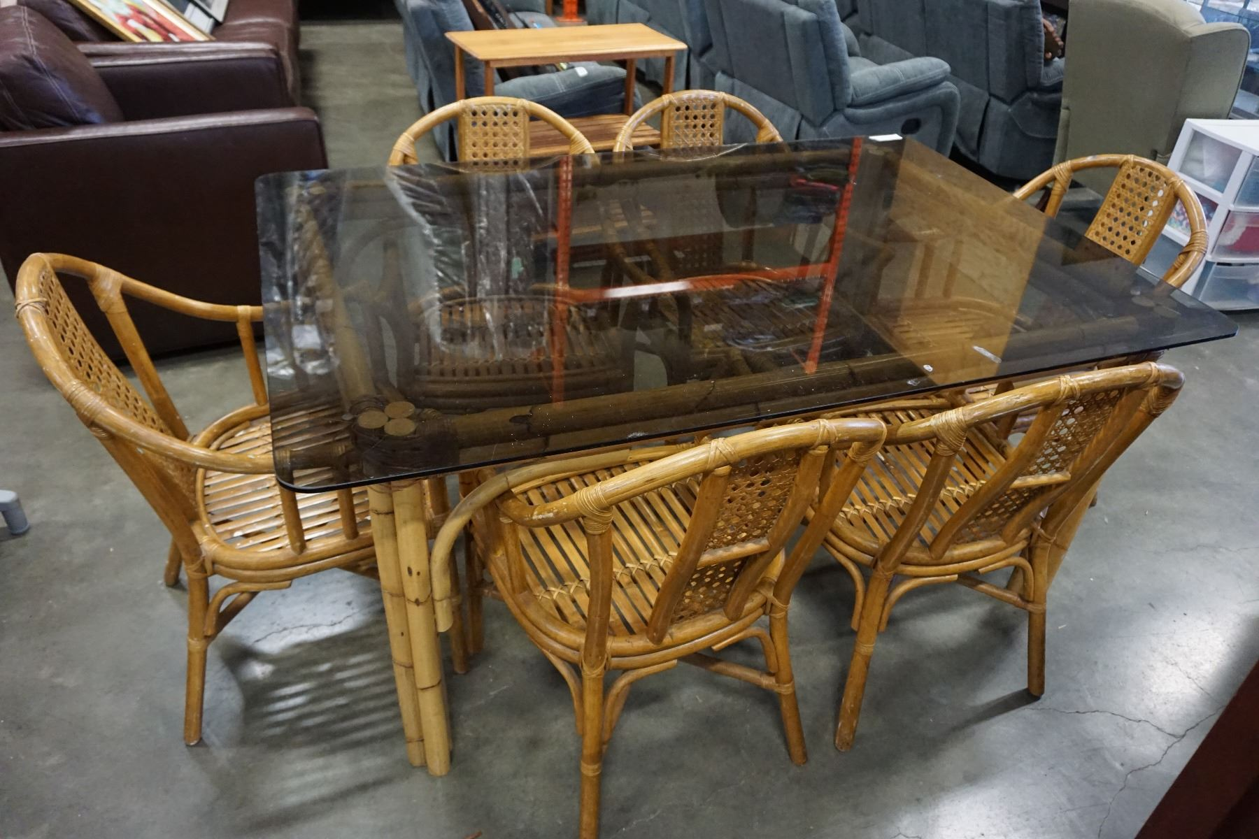 Picture of: Bamboo Smoked Glass Top Dining Table W 6 Chairs