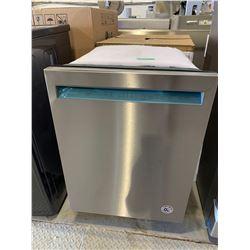 NEW KitchenAidstainless Steel Dishwasher Model KDFE104HPS0