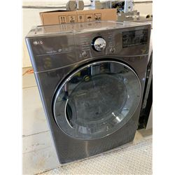 LG Sensor Dry Laundry with Steam in Box looks in unused condition with original box