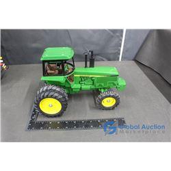 John Deere Tractor MFWD Toy Tractor