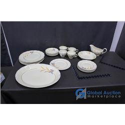 Creampetel Grindley England Plate Set