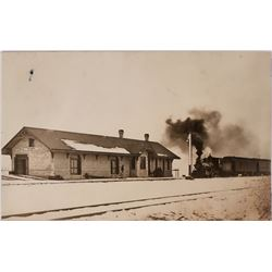 Real Photo Postcard, RR Depot in Heyburn Idaho- Christmas time   (119558)
