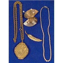 Three Vintage Jewelry Pieces  (91397)