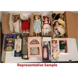 Large lot of Porcelain dolls  (113062)