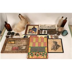 Antiques and Collectibles Lot  (116724)