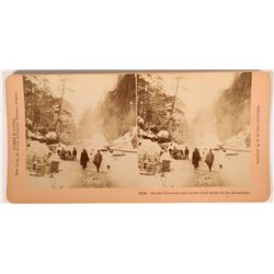 Stereoview of the Chilcoot trail on the Klondyke   (117729)