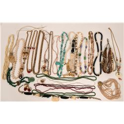 Costume Jewelry - Necklaces  (119023)