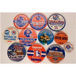 Denver Broncos pinbacks  (118009)