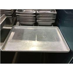 "Lot of 2 Baking Trays (17 5/8"" x 25 5/8"")"