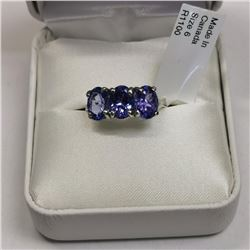 10K White Gold Tanzanite(3.1ct) Ring, Made in Canada, Appraised Retail $2645 (Estimated Selling Pric