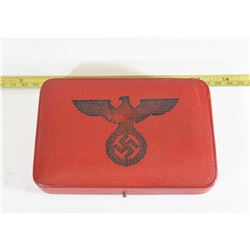 Red Leather Case DBL Spange