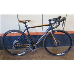 Kona Essatto Road/Gravel Bike w/ Disc Brakes, Novatec Tires & Racing Handlebars, 52cm. Less than a y